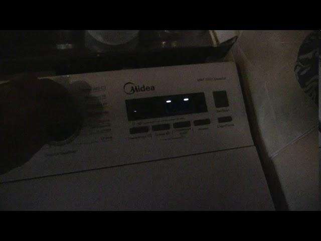 Midea MWT 70101 Essential моргающий индикатор с частотой 50 Гц