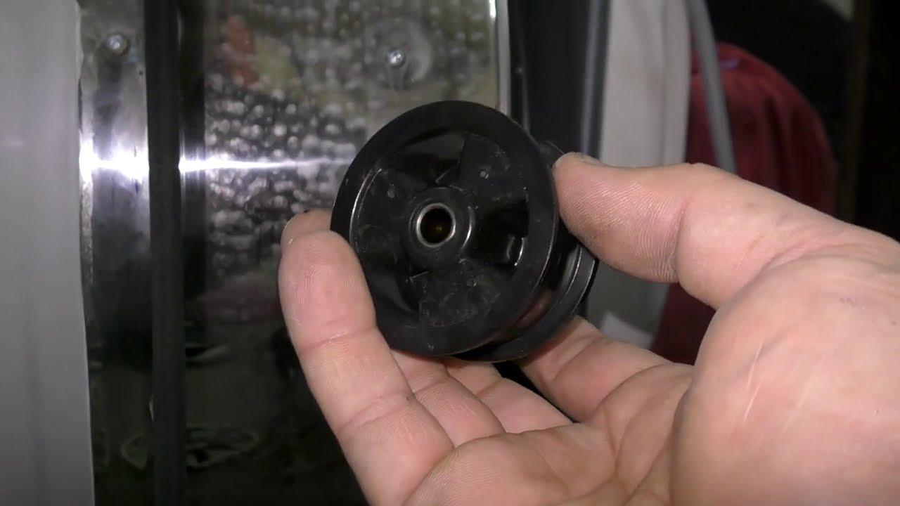 Сушильная машина Электролюкс не крутит барабан или как поменять ролик в сушке