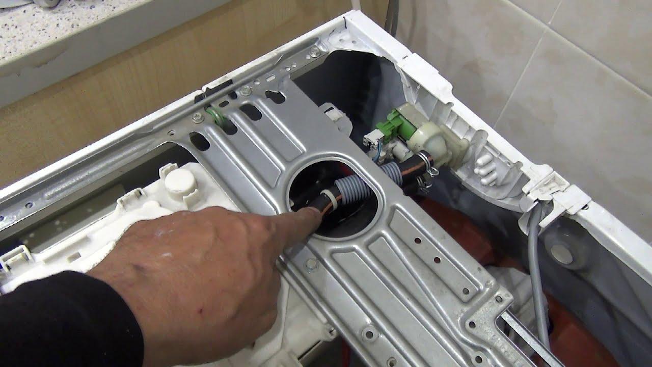 """Ремонт стиральной машины Zanussi """"сразу не включается"""""""