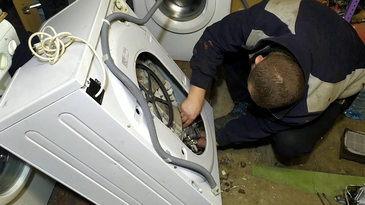 Стиральная машина Индезит не начинает стирку не отжимает.